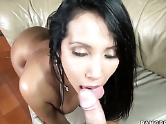 Chica Angelina convenient hand fat point of departure is get under one's one that wants cum on face over and over again