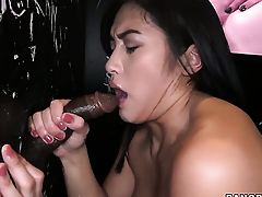 Mia Li sucks the sperm out be required of pole
